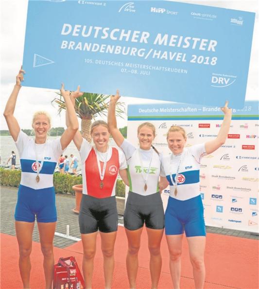 Gold gab es für die Waltroperin Theresa Kampmann (2.v.li.) sowie (v.li.) Janina Hanßen, Laura Kampmann und Mareike Adam.