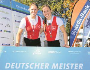 Franziska und Theresa Kampmann gewannen den Titel im Doppelzweier